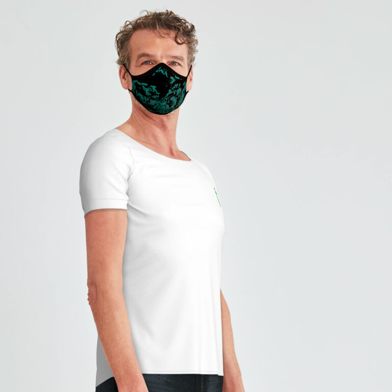 River_3D_facial_mask_knitted_black_green_river
